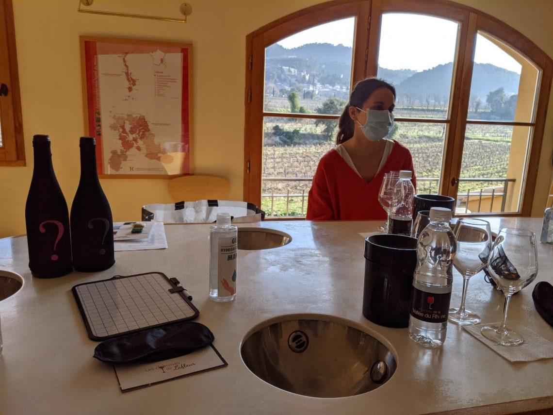Dégustation de vin avec les Convives de la Fleur